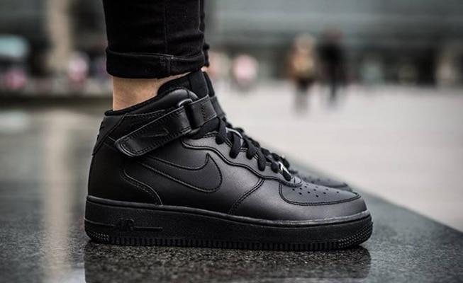 scarpe nike air force alte prezzo